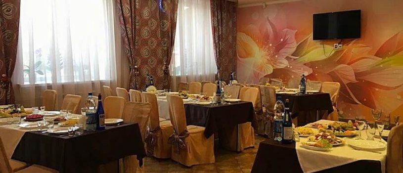 Каталея, кафе в Октябрьском